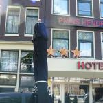 Front of hotel Prins Henrich.