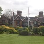 Foto de Macdonald Alveston Manor Hotel