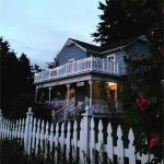 Loved the picket fence, garden, and porch