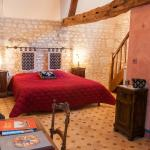 Medieval room of La Milaudiere Bed and breakfast