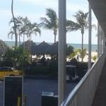Foto de Outrigger Beach Resort