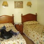 Room w/twin beds