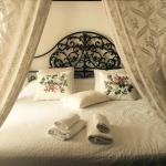 Beautiful huge bed! King Romance Suite