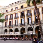 View of the Hotel DO from the Placa Reial