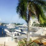 Photo de Mariner's Resort Villas & Marina