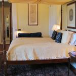 Louise Suite Bed