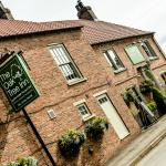 The Oak Tree Inn, Helperby照片