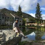 Squaw Valley Lodge resmi