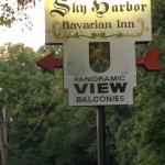 Foto Sky Harbor Bavarian Inn