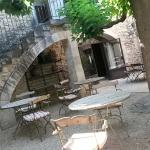 Photo of Sous L'olivier