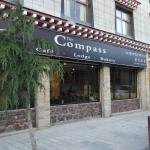 Foto van Compass Cafe Boutique Hotel