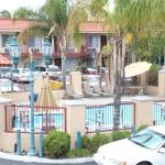 Days Inn Suites Anaheim At Disneyland Park Foto