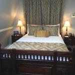 Turner Suite Bed