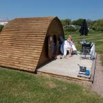 Photo de Riverside Caravan and Camping Park
