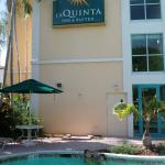 Photo de La Quinta Inn & Suites Plantation at SW 6th St