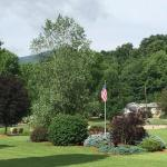 Foto van Smoke Hole Caverns & Log Cabin Resort