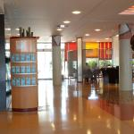 Photo de Novotel Barcelona Cornella