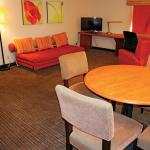 Photo de La Quinta Inn & Suites Montgomery Carmichael Road