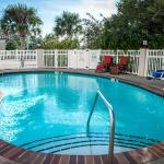 Photo of Comfort Suites Panama City Beach