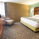Photo of Drury Inn & Suites Atlanta South