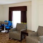 Photo de Holiday Inn Express Greenville Downtown