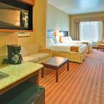 Holiday Inn Express Hotel & Suites Corona Foto