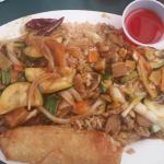 2 entree combo with garlic chicken and mongolian chicken