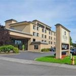 Oxford Suites Portland - Jantzen Beach