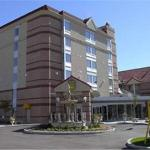 Photo of Monte Carlo Inn Airport Suites