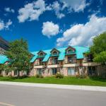 Waterton Glacier Suites Waterton Lakes National Park