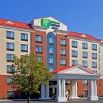 Holiday Inn Express Hotel & Suites Lathamの写真