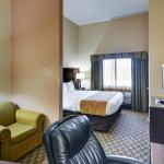 Photo of Comfort Suites Benbrook