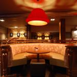 Manor West Bar & Grill
