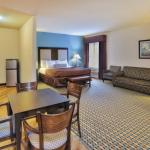 Photo de La Quinta Inn & Suites Stonington