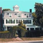 Colonial House Inn