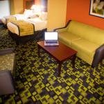 Photo of La Quinta Inn & Suites Louisville