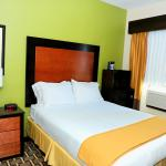 Photo of Holiday Inn Express & Suites Atlanta Downtown