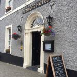 Foto de Dingle Benners Hotel