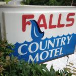 Falls Country Motel의 사진