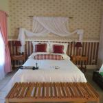 Westlodge Bed & Breakfast resmi