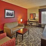 Photo of La Quinta Inn & Suites Elkview - Charleston NE