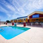 Photo of Rodeway Inn & Suites Airport Tulsa, Oklahoma
