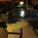 Photo de Trade Winds Hotel