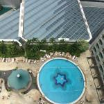 Fairmont Hotel Singapore Pool side view