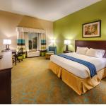 Photo de Holiday Inn Express Red Bluff - South Redding Area