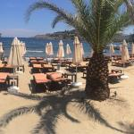 Great ambiance, breezy bay, delicious foods and nice blue sea ����