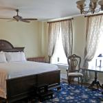 Legacy Grand Suite with King Bed