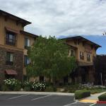 Photo of Hampton Inn & Suites Windsor - Sonoma Wine Country
