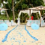 Turquoise themed beach wedding.