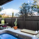 Stargazer Suite Patio with Private Hot Tub
